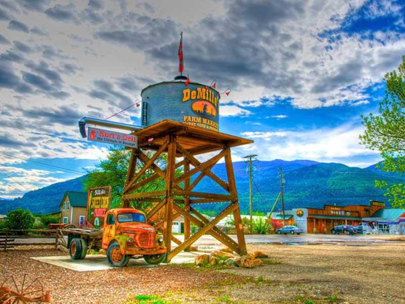 DeMille's Farm Market Water Tower